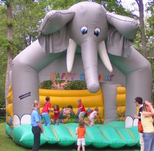 chateau gonglable elephant