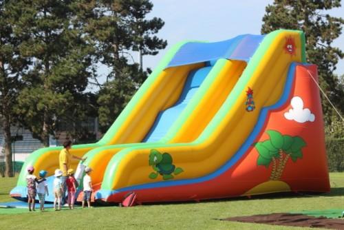 grand slide gonflable