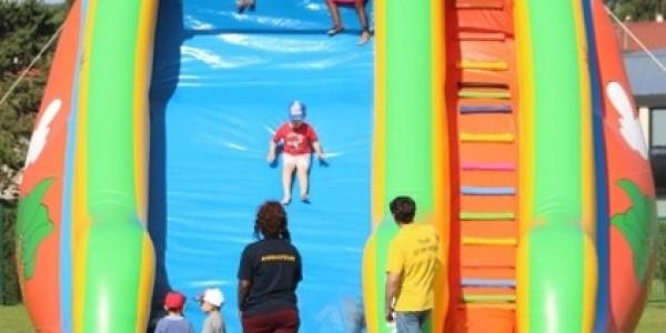 slide jeu gonflable