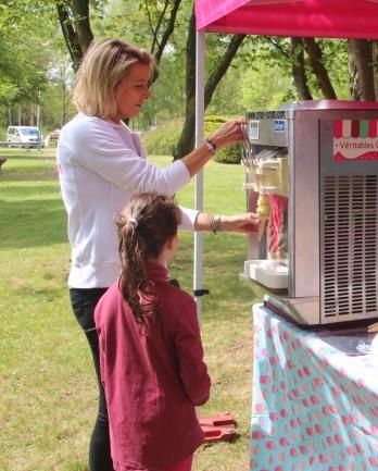 Prestation de glaces Italiennes pour événements publics et privés.